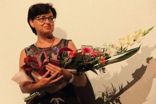 Katarzyna Pechman z kwiatami